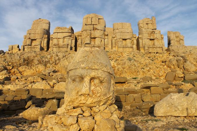 Heads at Nemrut Dagi.